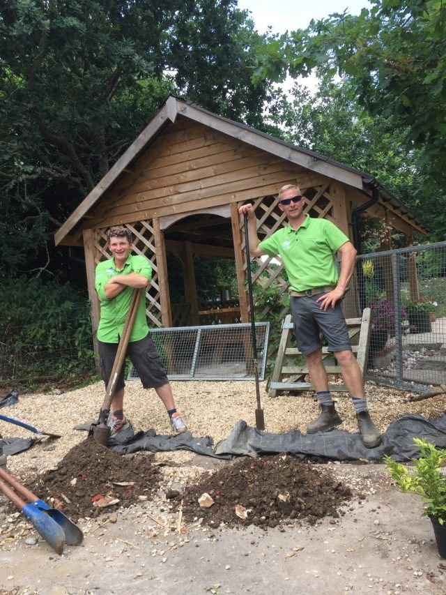 Marty Meaker (left) and Pete Dovey (right), New Forest Apprentice Rangers 2017/18
